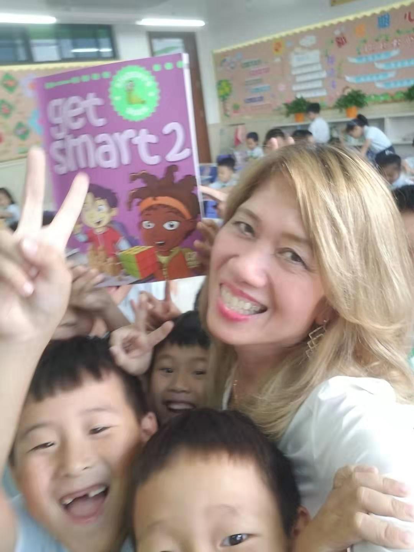 菲律宾硕士外教的照片