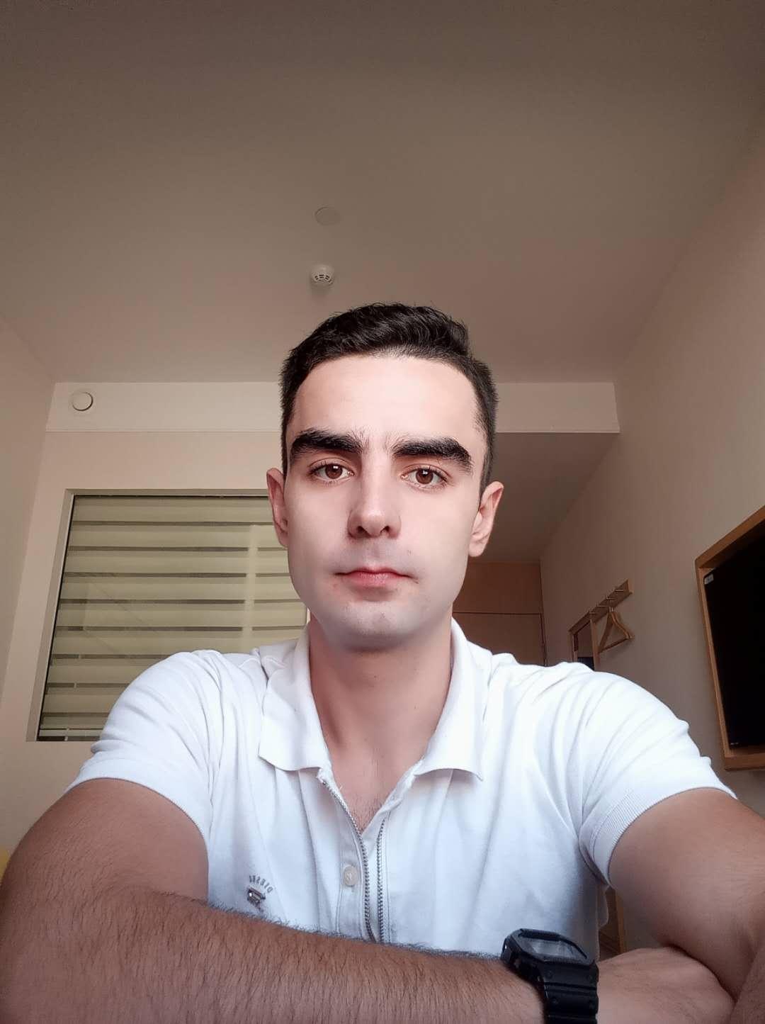 塞尔维亚本科外教wj46228422