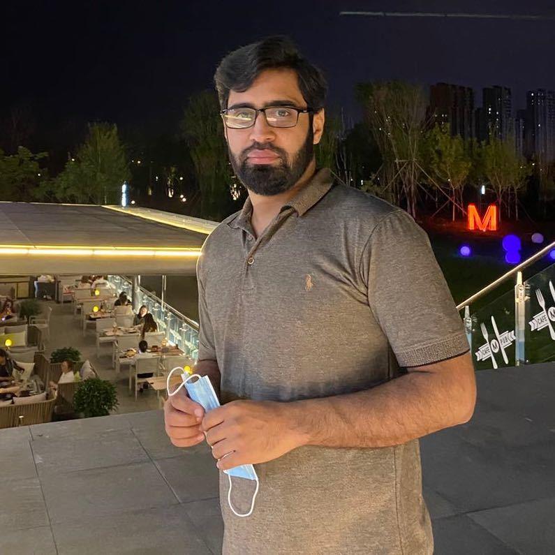巴基斯坦硕士外教的照片